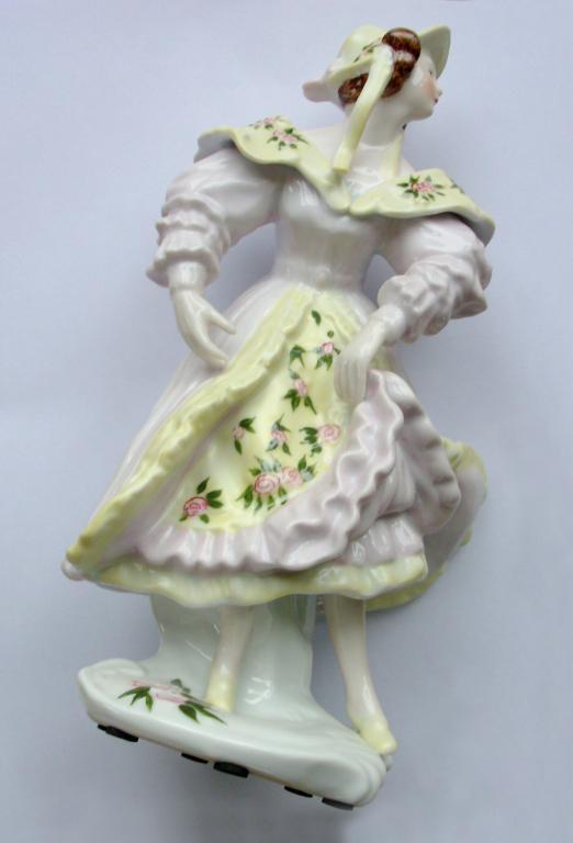 Porcelain Statue – Neundorf Adler – Late Jugendstil