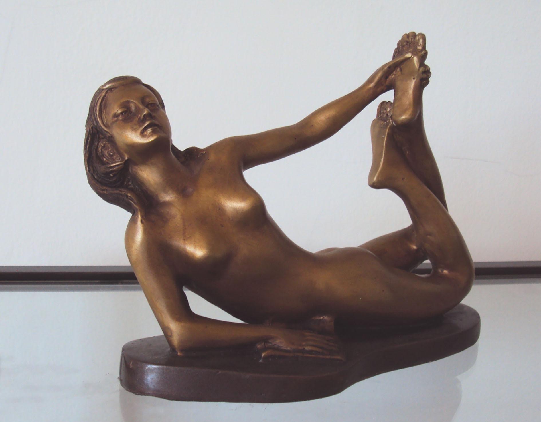 Art Deco Bronze Nude Lady Lying Down