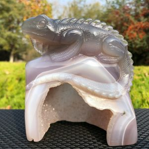 Natural Agate Geode Handcarving